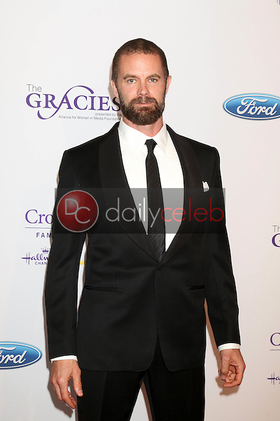 Garret Dillahunt<br /> at the 41st Annual Gracie Awards Gala, Beverly Wilshire Hotel, Beverly Hills, CA 05-24-16<br /> David Edwards/DailyCeleb.com 818-249-4998
