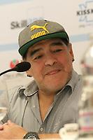 NAPOLI, ITALIA, 04.07-2017 - DIEGO-MARADONA - Diego Armando Maradona atende jornalistas durante coletiva de imprensa para apresentar o evento da conferência de cidadania honorária de Napoli na Italia, nesta quarta-feira, 04. (Foto: Salvatore Esposito/Brazil Photo Press)