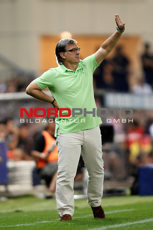 FC Barcelona's coach Gerardo Tata Martino during Supercup of Spain 1st match.August 21,2013. Foto © nph / Acero)