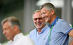 27.06.2020, Fussball: nph00001 1. Bundesliga 2019/2020, 34. Spieltag, VfL Wolfsburg - FC Bayern Muenchen, in der Volkswagen-Arena Wolfsburg. Siegerehrung nach dem Spiel: Der FC Bayern MŸnchen feiert den Gewinn der 30. Deutschen Meisterschaft. (L-R) Vorstandsvorsitzender Karl-Heinz Rummenigge (Bayern MŸnchen) und PrŠsident Herbert Hainer (FC Bayern)<br /><br />Foto: Bernd Feil/M.i.S./ /Pool/nordphoto<br /><br />Nur fŸr journalistische Zwecke! Only for editorial use! <br /><br />GemŠ§ den Vorgaben der DFL Deutsche Fussball: nph00001 Liga ist es untersagt, in dem Stadion und/oder vom Spiel angefertigte Fotoaufnahmen in Form von Sequenzbildern und/oder videoŠhnlichen Fotostrecken zu verwerten bzw. verwerten zu lassen. DFL regulations prohibit any use of photographs as image sequences and/or quasi-video.    <br /><br />National and international NewsAgencies OUT.
