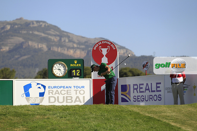 Renato Paratore (ITA) on the 1st tee during Round 2 of the Open de Espana  in Club de Golf el Prat, Barcelona on Friday 15th May 2015.<br /> Picture:  Thos Caffrey / www.golffile.ie