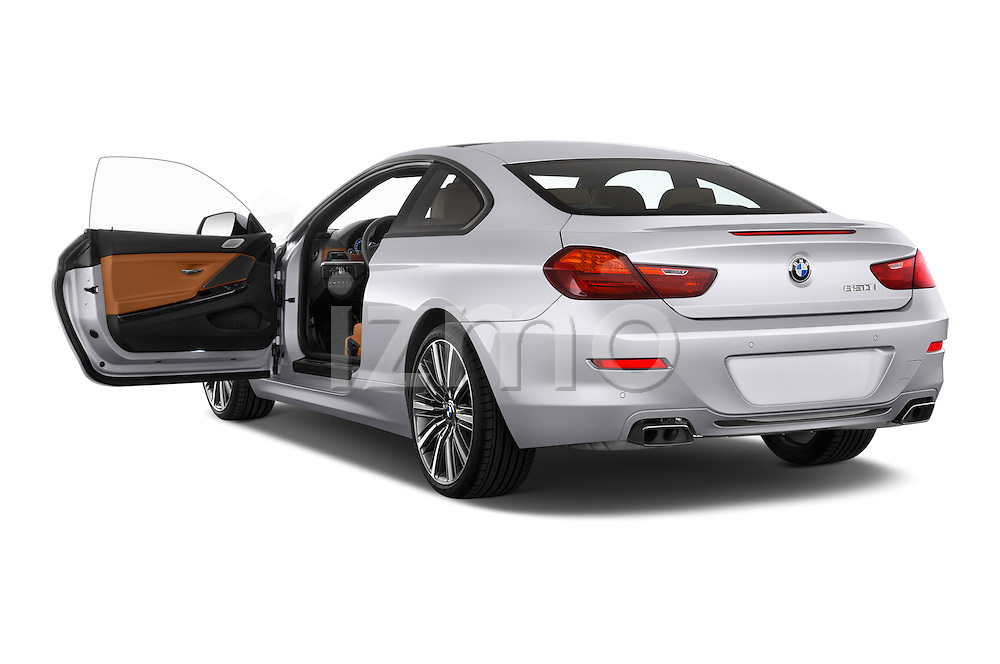 Car images of a 2015 BMW 6 Series Experience 2 Door Coupe Doors