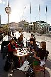 20080110 - France - Aquitaine - Pau<br /> CAFES ET PLACE CLEMENCEAU AU CENTRE VILLE PIETONNIER DE PAU.<br /> Ref : PAU_006.jpg - © Philippe Noisette.