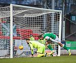 09.11.2019 St Johnstone v Hibs: Christian Doidge scores goal no 4