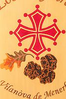 France, Aude (11), Villeneuve-Minervois : Musée: Maison de la Truffe du Languedoc  , bannière des trufficulteurs de Villeneuve-Minervois //France, Aude, Villeneuve Minervois, Museum: Maison de la Truffe du Languedoc, Banner truffle Villeneuve-Minervois