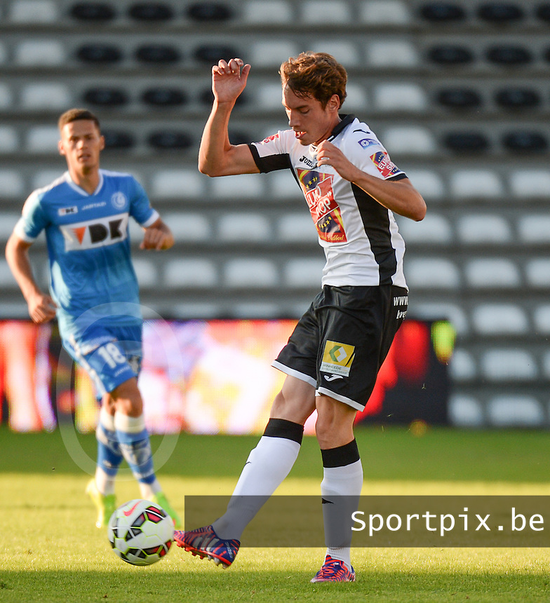 20150711 - ROESELARE , BELGIUM : Roeselare's Dylan Ragolle pictured during a friendly match between Belgian second division team KSV Roeselare and Belgian first division soccer team AA Gent , during the preparations for the 2015-2016 season, Saturday 11 th July 2015 in Roeselare . PHOTO DAVID CATRY