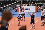 13.12.2018,  Lueneburg GER, VBL, DVV Pokal, Halbfinale, SVG Lueneburg vs  Berlin Recycling Volleys im Bild die Lueneburger Mannschaft jubelt/ Foto © nordphoto / Witke