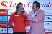 SCHAATSEN: HEERENVEEN: 01-10-2014, IJsstadion Thialf, Perspresentatie Team Corendon, Presentator Jan van der Meulen, Lotte van Beek, ©foto Martin de Jong