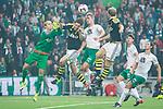 ***BETALBILD***  <br /> Stockholm 2015-09-27 Fotboll Allsvenskan Hammarby IF - AIK :  <br /> Situationen n&auml;r Hammarbys Erik Israelsson nickar in 1-0 och skadar sig sedan under matchen mellan Hammarby IF och AIK <br /> (Foto: Kenta J&ouml;nsson) Nyckelord:  Fotboll Allsvenskan Tele2 Arena Hammarby HIF Bajen AIK Derby jubel gl&auml;dje lycka glad happy skada skadan ont sm&auml;rta injury pain