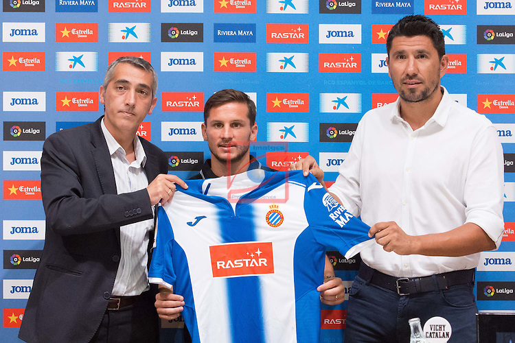 League BBVA 2016/2017.<br /> Pablo Piatti presented as new player of RCD Espanyol.<br /> Ramon Robert, Pablo Piatti &amp; Angel Gomez.