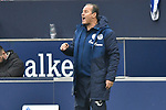 16.03.2019, VELTINS-Arena, Gelsenkirchen, GER, DFL, 1. BL, FC Schalke 04 vs RB Leipzig, DFL regulations prohibit any use of photographs as image sequences and/or quasi-video<br /> <br /> im Bild Huub Stevens (FC Schalke 04) unzufrieden / enttaeuscht / niedergeschlagen / frustriert, <br /> <br /> Foto © nph/Mauelshagen