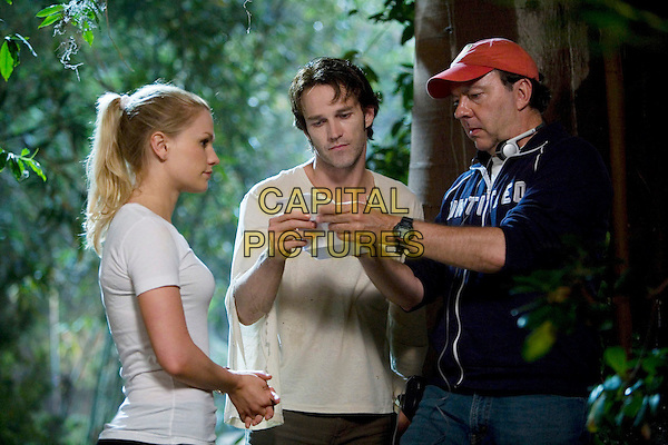 ANNA PAQUIN, STEPHEN MOYER & ALAN BALL (DIRECTOR).on the set of True Blood.*Filmstill - Editorial Use Only*.CAP/FB.Supplied by Capital Pictures.