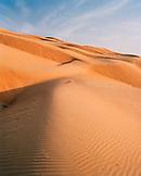 OMAN, sand dune in Wahiba sands
