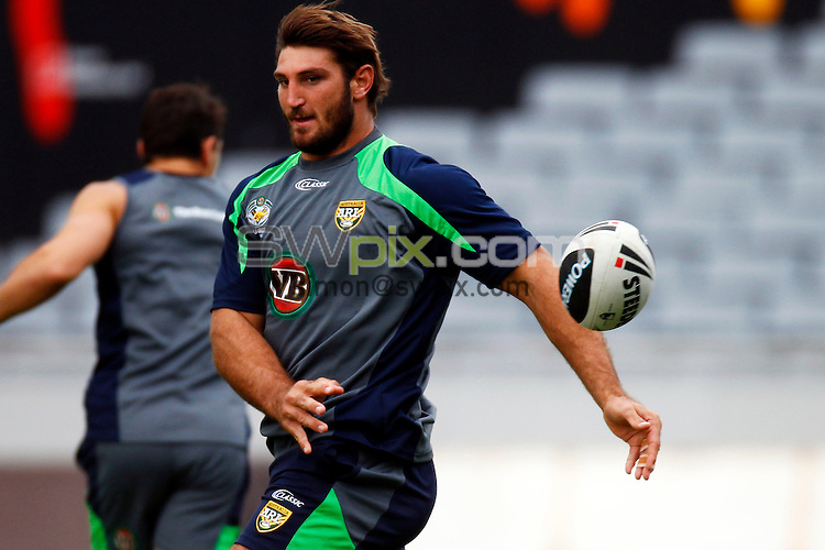 PICTURE BY WILLIAM BOOTH/photosport.co.nz - Rugby League - Anzac Test - Australia Captain's Run - Eden Park, Auckland, New Zealand - 19/04/12 - Australia's Dave Taylor - Copyright - Photosport NZ/SWpix.com...