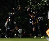 BOGOTÁ -COLOMBIA, 20-01-2015. M. Lazaga (C) jugador del Cúcuta Deportivo celebra un gol anotado al Deportes Quindio durante partido por la fecha 3 de los cuadrangulares de ascenso Liga Aguila 2015 jugado en el estadio Metropolitano de Techo de la ciudad de Bogotá./ M. Lazaga (C) player of Cucuta Deportivo celebrates a goal scored to Deportes Quindio during match for the third date of the promotional quadrangular Aguila League 2015 played at Metropolitano de Techo stadium in Bogotá city. Photo: VizzorImage/ Gabriel Aponte / Staff