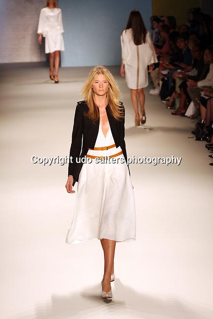 Mercedes-Benz Fashion Week-Derek Lam Spring 2011 Fashion Show at Lincoln Center, NY 9/12/10