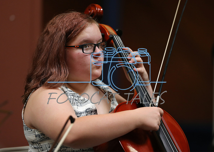 Samantha Hodges, 12, performs in the Carson City Symphony's Youth Strings Summer Program concert in Carson City, Nev., on Thursday, July 27, 2017. <br /> Photo by Cathleen Allison