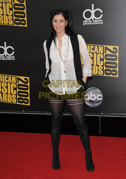 SARA SILVERMAN .The 2008 American Music Awards held at Nokia Theatre L.A. Live in Los Angeles, California, USA. .November 23rd, 2008 .ama amas ama's arrivals full length tights shorts white shirt waistcoat sarah .CAP/DVS.©Debbie VanStory/Capital Pictures.