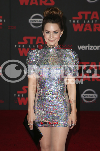 LOS ANGELES, CA - DECEMBER 9: Rosanna Pansino, at Premiere Of Disney Pictures And Lucasfilm's 'Star Wars: The Last Jedi' at Shrine Auditorium in Los Angeles, California on December 9, 2017. Credit: Faye Sadou/MediaPunch /NortePhoto.com NORTEPHOTOMEXICO