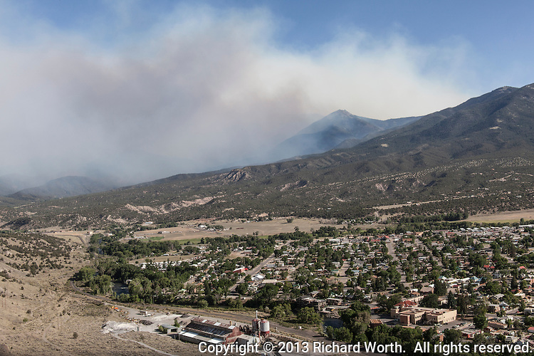 Wildfire smoke floats in the sky east of Salida, Colorado, June 19, 2013.
