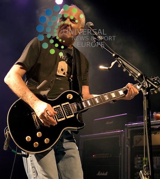 Peter Frampton comes alive at the O2 ABC in Glasgow on Wednesday 2nd March 2011 with a 23 song 3 hour set... .Pictures: Peter Kaminski/Universal News and Sport (Europe)2010