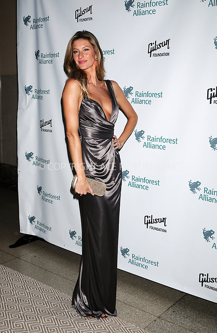 WWW.ACEPIXS.COM . . . . .  ..May 6, 2009. New York City...Model Gisele Bundchen attends the 2009 Rainforest Alliance gala held at the American Museum of Natural History on May 6, 2009 in New York City.  ...Please byline: AJ Sokalner - ACEPIXS.COM.. *** ***.Ace Pictures, Inc:  .Philip Vaughan (646) 769 0430.e-mail: info@acepixs.com.web: http://www.acepixs.com