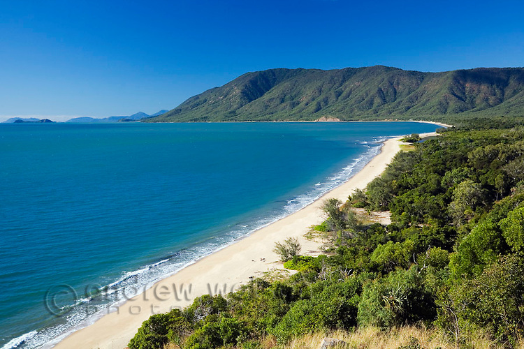 View out over the Coral Sea and Wangetti Beach from Rex's Lookout near Cairns, Queensland, Australia