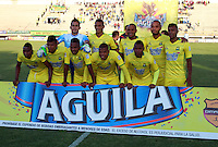 TUNJA - COLOMBIA -06-02-2016: Los jugadores Atletico Bucaramanga,posan para una foto durante  partido Patriotas FC y Atletico Bucaramanga, por la fecha 2 de la Liga de Aguila I 2016 en el estadio La Independencia en la ciudad de Tunja / The players of Atletico Bucaramanga, pose for a photo during a match Patriotas FC and Atletico Bucaramanga, for date 2 of the Liga de Aguila I 2012 at La Independencia stadium in Tunja city. Photo: VizzorImage  /  Cesar Melgarejo / Cont.