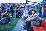 Netherlands, 15-05-1991, Rotterdam, Stadion de Kuip, Finale EuropaCup 2, Barcelona-Manchester United 2-1. Trainer Johan Cruijff zit in de dug out voor de wedstrijd.<br /> foto Michael Kooren.