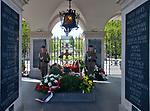 Gr&oacute;b Nieznanego Żołnierza na Placu Piłsudskiego, Warszawa, Polska<br /> Tomb of the Unknown Soldier on Piłsudski Square, Warsaw, Poland