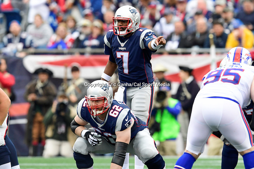 Sunday, October 2, 2016: New England Patriots quarterback Jacoby Brissett (7) in game action during the NFL game between the Buffalo Bills and the New England Patriots held at Gillette Stadium in Foxborough Massachusetts. Buffalo defeats New England 16-0. Eric Canha/Cal Sport Media