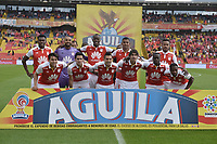 BOGOTÁ - COLOMBIA, 03-11-2018: Jugadores de Santa Fe posan para una foto previo al encuentro entre Independiente Santa Fe y Deportes Tolima partido por la fecha 18 de la Liga Águila II 2018 jugado en el estadio Nemesio Camacho El Campin de la ciudad de Bogotá. / Players of Santa Fe pose to a photo prior the match between Independiente Santa Fe and Deportes Tolima for the date 18 of the Aguila League II 2018 played at the Nemesio Camacho El Campin Stadium in Bogota city. Photo: VizzorImage / Gabriel Aponte / Staff