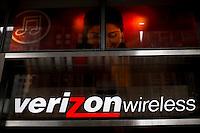 A Verizon store while Verizon Management discusses Q4 2011 results in New York, United States. 23/01/2012.  Photo by Eduardo Munoz Alvarez / VIEWpress.