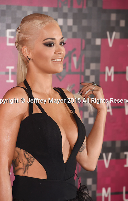 LOS ANGELES, CA - AUGUST 30: Singer Rita Ora arrives at the 2015 MTV Video Music Awards at Microsoft Theater on August 30, 2015 in Los Angeles, California.