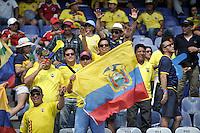 BARRANQUILLA - COLOMBIA -29-03-2016: Hinchas de Ecuador animan a su equipo durante partido entre los seleccionados de Colombia y Ecuador, por la fecha 6 para la clasificación sudamericana a la Copa Mundial de la FIFA Rusia 2018, jugado en el estadio Metropolitano Roberto Melendez en Barranquilla. /  Fans of Ecuador cheer for their team during match between the teams of Colombia and Ecuador, for the date 6 for the Qualifier FIFA World Cup Russia 2018, played at Metropolitan stadium Roberto Melendez in Barranquilla. Photo: VizzorImage / Luis Ramirez / Staff.