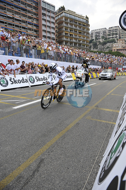 Cervelo Test Team rider Carlos Sastre (ESP) passes beneath the packed grandstands on his way to the finish line the Prologue Stage 1 of the 2009 Tour de France a 15.5km individual time trial held around Monaco. 4th July 2009 (Photo by Eoin Clarke/NEWSFILE)