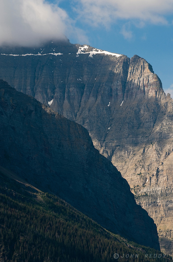 Rocky ridges of Dusty Star Mountain