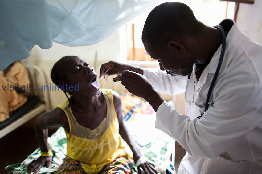 Doctor treating sick patient at MSF hospital in Central African Republic
