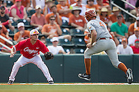 Houston Cougars third baseman Connor Hollis (44) waits to tag Texas Longhorns base runner Collin Shaw (4) at third base during the NCAA baseball game on June 6, 2014 at UFCU Disch–Falk Field in Austin, Texas. The Longhorns defeated the Cougars 4-2 in Game 1 of the NCAA Super Regional. (Andrew Woolley/Four Seam Images)