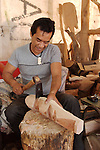 Distinctive Rapanui customs include woodcarvers. There are several Islanders who are excellent stone and wood carvers, making replicas of famous Rapanui figures.