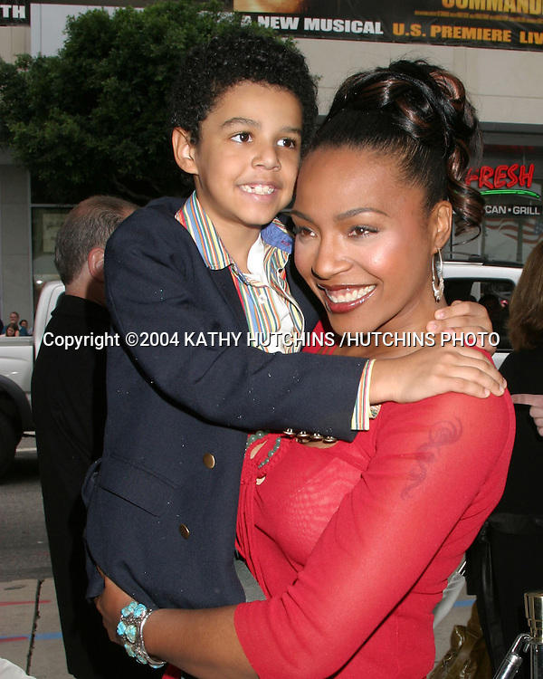 "©2004 KATHY HUTCHINS /HUTCHINS PHOTO.PREMIERE OF ""POLAR EXPRESS"".LOS ANGELES, CA.NOVEMBER 6, 2004..NONA GAYE.SON NOLAN"