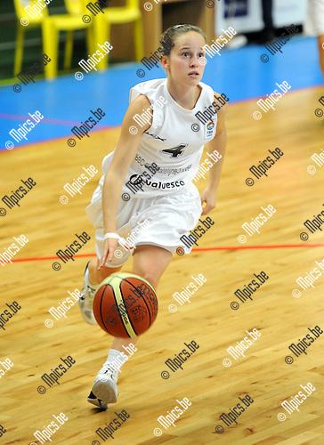11-11-03 / Basketbal / seizoen 2011-2012 / Sint Katelijne Waver / De Baets Anneleen..Foto: Mpics