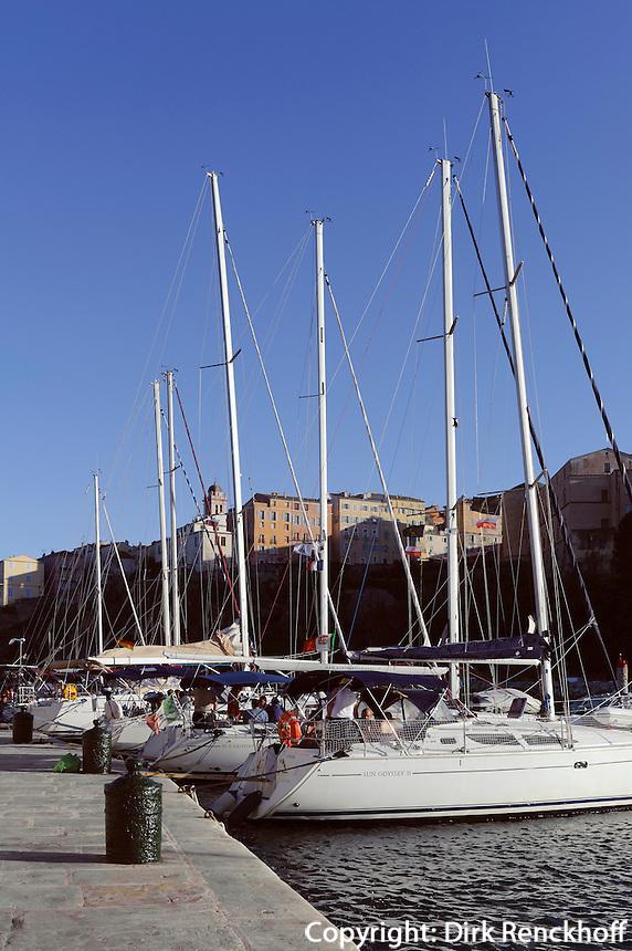 Jachthafen und Zitadelle in Bastia, Korsika, Frankreich