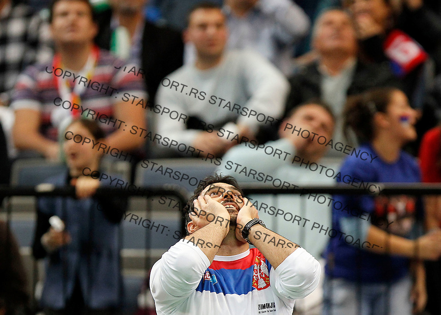 Serbian Davis Cup team player Nenad Zimonjic react during first match of the Davis Cup finals Serbia vs France, Janko Tipsarevic against Gael Monfils in Belgrade Arena in Belgrade, Serbia, Friday, 3. December 2010.(foto: Srdjan Stevanovic/Starsportphoto ©)
