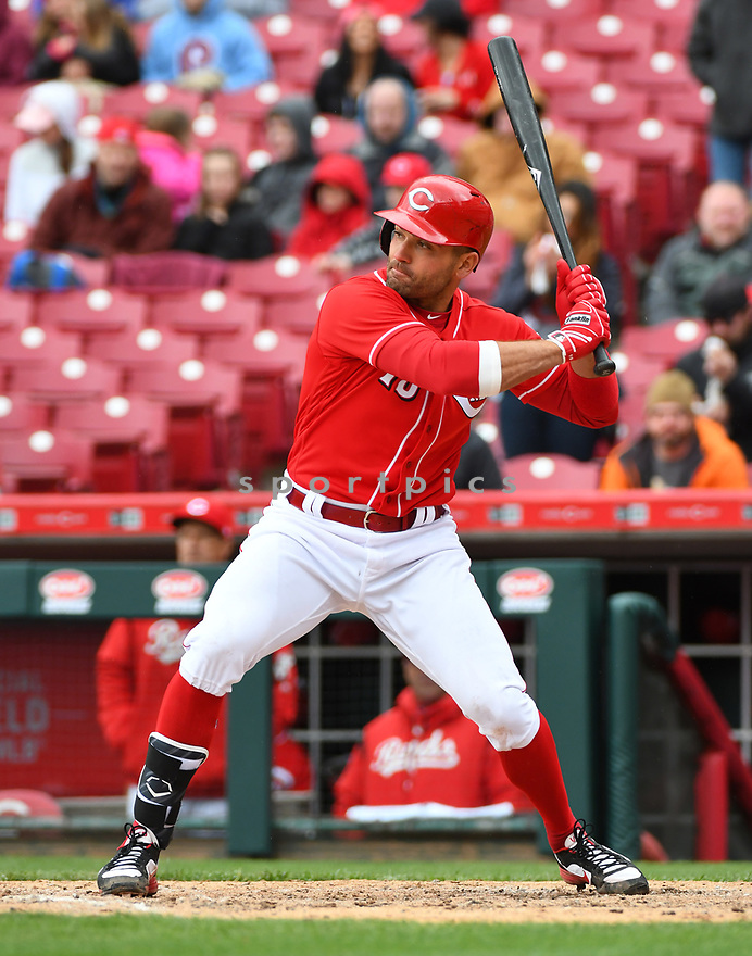 Cincinnati Reds Joey Votto (19) during a game against the Philadelphia Phillies on April 6, 2017 at Great American Ballpark in Cincinnati, OH. The Reds beat the Phillies 4-7.