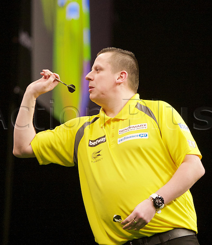 2.04.2015.  Manchester, England. Betway Premier League Darts. Judgement Night. Dave Chisnall.