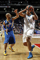 Real Madrid's Rafael Hettssheimeir and Maccabi's Logan during Euroliga quarter final match. April 10,2013.(ALTERPHOTOS/Alconada) /NortePhoto