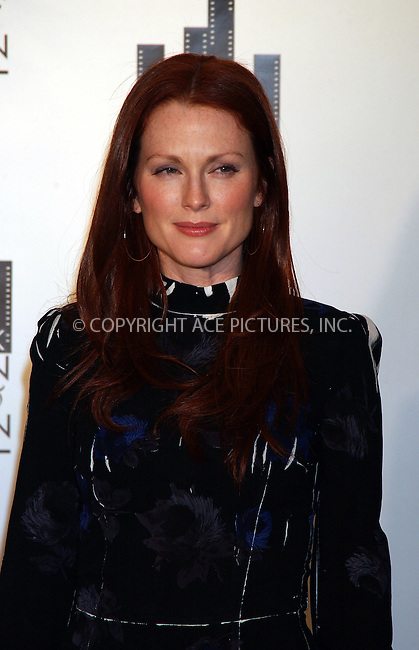 WWW.ACEPIXS.COM . . . . . ....NEW YORK, DECEMBER 13, 2005......Julianne Moore at the New York Women in Film and Television 2005 Muse Awards at the Grand Ballroom at the Hilton.....Please byline: KRISTIN CALLAHAN - ACEPIXS.COM.. . . . . . ..Ace Pictures, Inc:  ..Philip Vaughan (212) 243-8787 or (646) 679 0430..e-mail: info@acepixs.com..web: http://www.acepixs.com