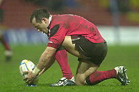 11/01/2004 - Photo  Peter Spurrier.2003/04 Parker Pen Challenge Cup Saracens v Glasgow.Thomas Castaignede places the the ball before attemting a penalty kick..   [Mandatory Credit, Peter Spurier/ Intersport Images].