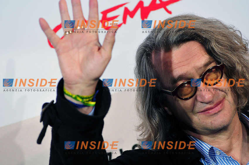 Wim Wenders<br /> Third edition of the Rome International film festival<br /> Roma 23/10/2008 <br /> Photocall '8'<br /> Photo &copy; Luca Cavallari Insidefoto